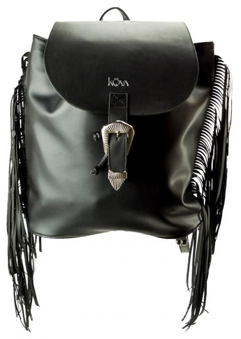 mochila negra 3